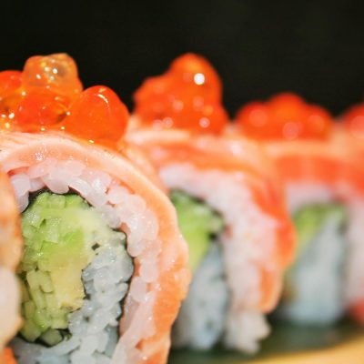 Salmon Raw Maki